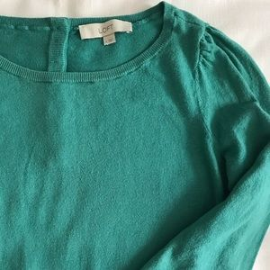 LOFT Sweaters - Pretty LOFT sweater with sweet details ✨ small